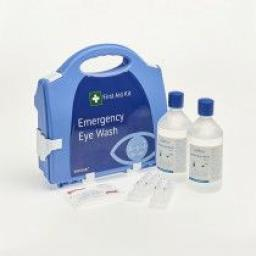 First Aid Kit: Emergency Eye Wash - Plastic